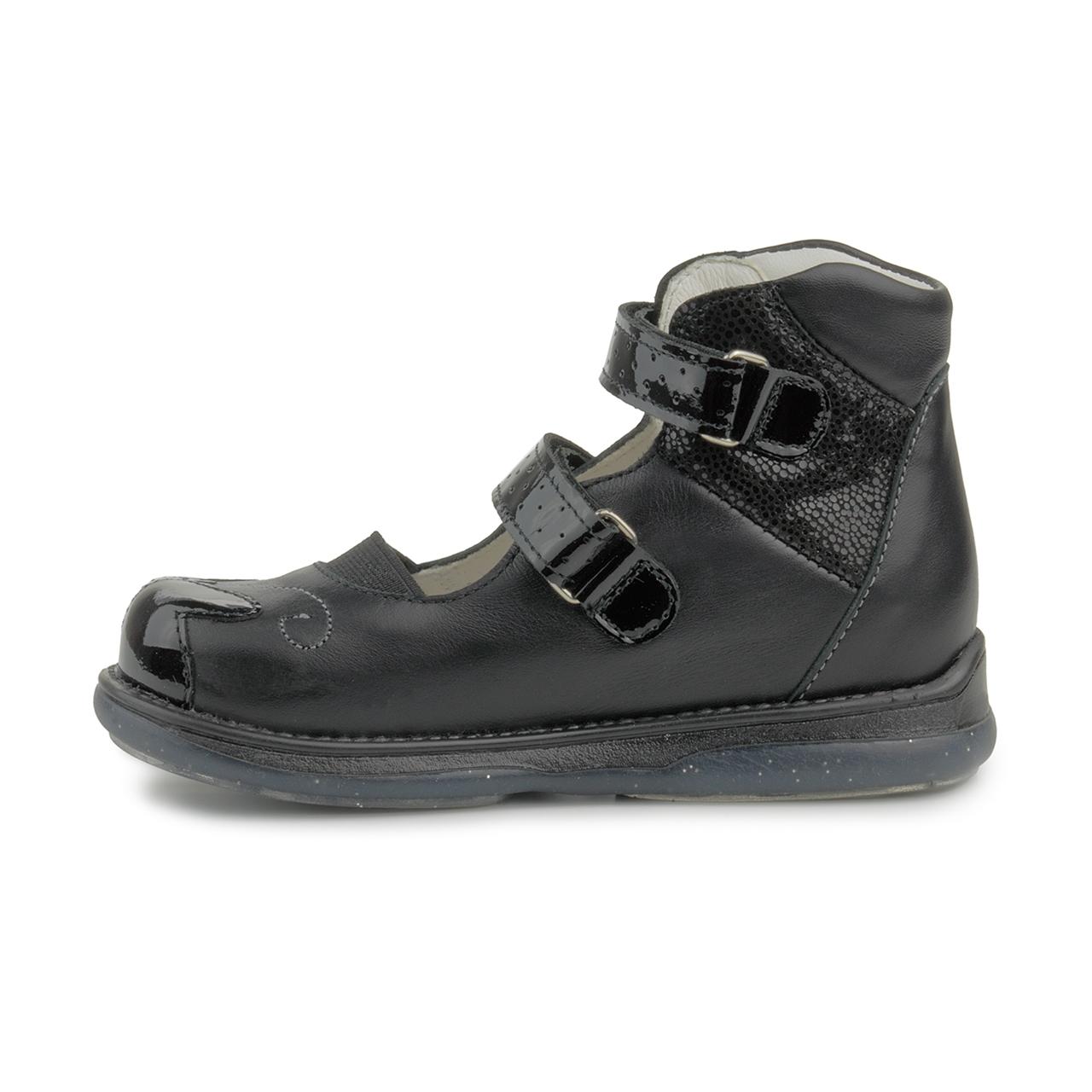 Thermoplastic Heel Counter School Shoe